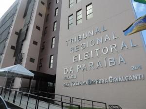 Parecer técnico do TRE pede rejeição das contas de Ricardo Coutinho