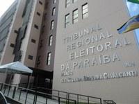 TRE diverge do Ministério Público e aprova com ressalvas contas de Ricardo Coutinho